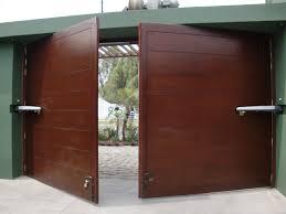Mantenimiento de puertas automaticas levadizas, corredizas, batientes, seccionables, enrollables, peatonales en surco, san borja, san isidro, miraflores, la molina